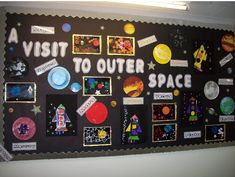 A super A Visit to Outer Space classroom display photo contribution. Great ideas for your classroom! Space Bulletin Boards, Science Bulletin Boards, Space Theme Classroom, Classroom Decor Themes, Space Preschool, Space Activities, Stem Activities, School Displays, Classroom Displays