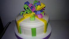 cake caja de regalo