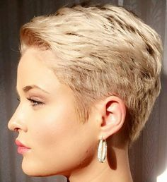 "239 Likes, 1 Comments - Евгения Панова (@panovaev) on Instagram: ""@kryptogirl7 #pixie #harcut #shorthair #h #s #p #shorthaircut #hair #b #sh #haircuts"""