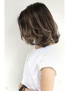 Brown Hair Highlights Balayage Bob Hairstyles New Ideas Medium Hair Cuts, Short Hair Cuts, Medium Hair Styles, Curly Hair Styles, Balayage Bob, Brown Balayage, Messy Bob Hairstyles, Black Hairstyles, Hair Arrange