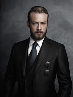 I want the means to transform myself into his hot, gorgeous and sexy perfect double, using facial prosthetics/silicone masking and lace wigs and facial hair. Another one of those hot looking faces / images I would enjoy wearing every day!!!