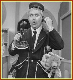 """Who could forget the zany Captain Kangaroo (Bob Keeshan), Mr. Green Jeans and all those who said """"Good Morning, Captain!"""" (such as William Shatner, Leonard Nimoy and others). Captain Kangaroo was on CBS for nearly 30 years until My Childhood Memories, Great Memories, School Memories, Bob Keeshan, Anne Sinclair, Captain Kangaroo, This Is Your Life, Old Shows, Writers"""
