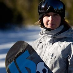 The Adventuress columnist Ali Carr Troxell caught up with Burton snowboarder Kimmy Fasani to learn about the new all-mountain board she developed. Snowboarding Women, Winter Love, Outdoor Gear, Riding Helmets, Skate, Surfing, Boards, Mountain, Life
