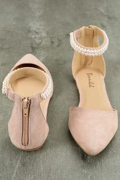 The Kelby Blush Suede Ankle Strap Flats is a classy flat with just the right amo. - The Kelby Blush Suede Ankle Strap Flats is a classy flat with just the right amo. The Kelby Blush Suede Ankle Strap Flats is a classy flat with just. High Heel Boots, Heeled Boots, Shoe Boots, High Heels, Shoes Heels, Shoes Sneakers, Cute Shoes Flats, Nude Sandals, Sneakers Women