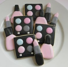 Makeup decorated cookie favors, eyeshadow, nail polish, lipstick, 1 dozen from SayitwithHeart on Etsy. Saved to Say it with Heart on Etsy. Fancy Cookies, Iced Cookies, Cut Out Cookies, Cute Cookies, Cookies Et Biscuits, Cupcake Cookies, Sugar Cookies, Iced Biscuits, Cupcakes