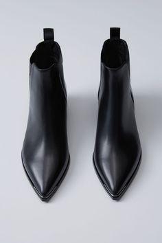 Shoes Jensen Black 1500x 003