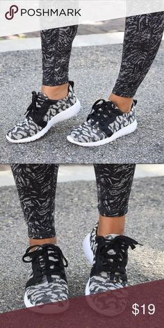 Black Sporty Knit Sneackers Comfort meets style in these patterned knit sneakers, featuring a lightweight minimalist construction and pleated tongue. forever Shoes Athletic Shoes