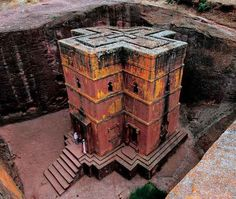 Rock-Hewn churchb in Lalibela, a town in northern Ethiopia famous for its monolithic rock-cut churches. Lalibela is one of Ethiopia's holiest cities, second only to Aksum, and is a center of pilgrimage for much of the country.