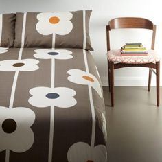 Choose from a great range of Duvet Covers. Including Bed Linen, Duvet Sets, and Single Duvet Covers. Free UK mainland delivery when you spend and over. Orla Kiely Bedding, Double Duvet, Quilt Cover Sets, King Duvet, Duvet Sets, Linen Bedding, Bed Linen, Luxury Bedding, Duvet Covers