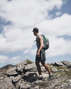 "3,355 Me gusta, 25 comentarios - MANUEL OTGIANU (@ulmn) en Instagram: ""Hiking."" Bradley Mountain, Sporty, Backpacks, Bags, Instagram, Fashion, Handbags, Moda, Dime Bags"