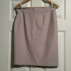 NWOT Ann Taylor Skirt sz 8P NWOT Ann Taylor Skirt sz 8P, beautiful Lilac color, pencil style, zips in the back.  Please feel free to ask questions, or request additional photos  Smoke and pet free home  Don't forget to bundle for discounts! Ann Taylor Skirts Pencil
