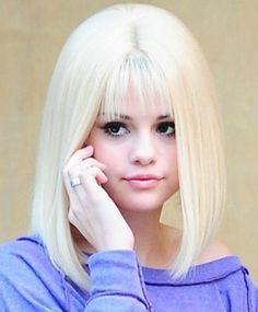 selena gomez straight hair  | Selena Gomez Short Hair 2011