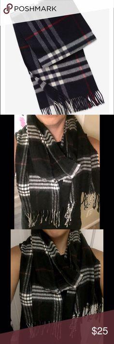 Black Plaid Cashmink Scarf Super soft no signs of wear Cashmink Accessories Scarves & Wraps