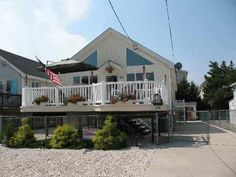 388 21st Street Avalon - 4 Bedrooms, 2 Bathrooms :: Home for sale in Avalon, NJ MLS# 130810. Learn more with Jersey Shore Real Estate Experts