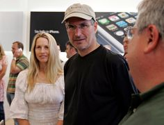 Laurene Powell Jobs, the widow of the late Apple founder Steve Jobs, may have met another match. The billionaire businesswoman has been dating former Washington D. mayor Adrian Fenty, sources tell The Washington Post. Laurene Powell Jobs, Steve Jobs Apple, Job Pictures, Apple Picture, Steve Wozniak, Job Humor, Tony Blair, Black Friday Shopping, Bollywood News