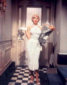 Marilyn - halterneck dress, Seven Year Itch