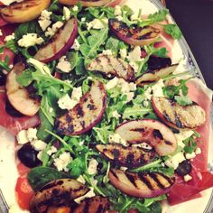 Homemade Proscuitto and Peaches Salad - perfect summer dinner. Recipe on #AllThingsIndulgent
