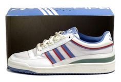 The very illusive Lendl Comp 2s in the original red, blue and white colorway.