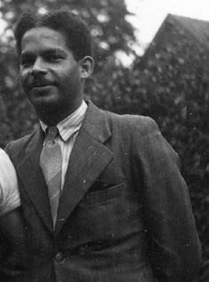 Segundo 'Boy' Ecury, a black man from Aruba, fought in the Dutch resistance during World War II. He derailed trains, helped Jewish people go into in hiding and participated in armed attacks. He was arrested and executed when he was only 22.