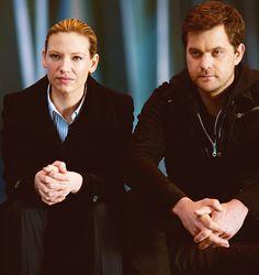 Anna and Joshua (Fringe) <3  #fringe #olivia #peter