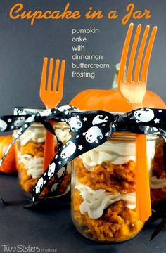This Halloween Cupcake in a Jar featuring Pumpkin Cake with Cinnamon Buttercream Frosting is a unique take on cupcakes, giving it a new look but with the same yummy taste! For more great Halloween Food ideas follow us at http://www.pinterest.com/2SistersCraft/