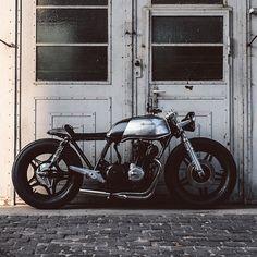 CB750 by Hookie Co.