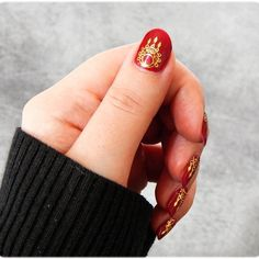 #manucure #nailart #nails #polish #beauty #oriental #red #gold