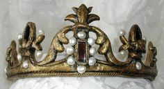If I wore a crown, I might choose this one. Hair Jewels, Royal Look, Queen Crown, Crown Hairstyles, Gypsy Soul, Tiaras And Crowns, Renaissance Art, Hair Ornaments, Crosses