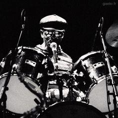 2000 #France #Creteil #MACC Tony Allen #live #portrait #music #musician #drums #drummer #afrobeat #livemusic #latergram #NikonF5 #argentic #analog #blackandwhite #bw #bnw #mono #nb #monochrome #blancoynegro #byn #bandw #noiretblanc #schwarzweiss (à Maison Des Arts Creteil)