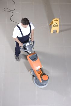 6 Enormous Simple Ideas: Carpet Cleaning Marketing Tips carpet cleaning hacks simple.Carpet Cleaning Machine Shampoos carpet cleaning without a steamer products.Carpet Cleaning Without A Steamer Products. Carpet Cleaning By Hand, Carpet Cleaning Recipes, Clean Car Carpet, Carpet Cleaning Machines, Carpet Cleaning Company, Professional Carpet Cleaning, Diy Cleaning Products, Cleaning Hacks, Upholstery Cleaning