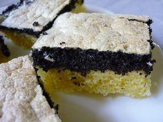 "Talianske makové rezy - ""Italian poppy cuts"" - Slovakian poppy seed slices. Slovakian Food, Czech Recipes, Doughnuts, Cheesecake, Sweets, Cookies, Poppy, Czech Food, Crack Crackers"