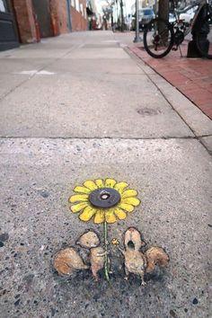 David Zinn tem criado obras de arte originais na cidade de Ann Arbor, estado de Michigan (EUA), desde 1987, usando giz nas para fazer desenhos em 3D...