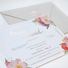 """Para criar o #convite do #casamento de Bruna e Daniel, @susanafujita se inspirou na @fazendavilarica, o cenário do """"sim""""!💌💌💌No site, tem mais detalhes da festa, vem ver: www.constancezahn.com💻{📷@duoborgatto } #convitedecasamento #wedding #CZSaoPaulo Wedding Cards, Wedding Invitations, Dream Wedding, Wedding Day, Place Card Holders, Layout, Inspiration, Best Wedding Invitations, Pink Wedding Invitations"""