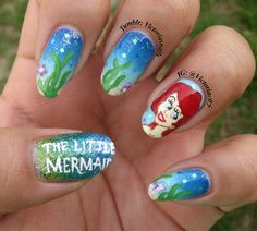 Still in a Disney mood, so I gave The Little Mermaid a try. I know the writing on my thumb is all effed up, but I had to include it anyways because glitter. Lol