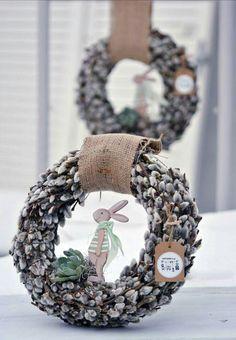 Spring Flower Arrangements, Spring Flowers, Floral Arrangements, Easter Wreaths, Christmas Wreaths, Easter Table Settings, Diy Ostern, Easter Parade, Wreath Watercolor