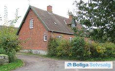 Gl Hellebækvej 79, Gurre, 3000 Helsingør - Naturstyrelsen sælger tidligere skovfogedbolig med unik beliggenhed #villa #helsingør #selvsalg #boligsalg #boligdk