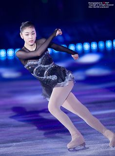 """Homage to Korea"", All That Skate Summer 2011 Love On Ice, Kim Yuna, Skating Dresses, Ice Queen, Figure Skating, Gymnastics, Skate, Korea, Ballet"