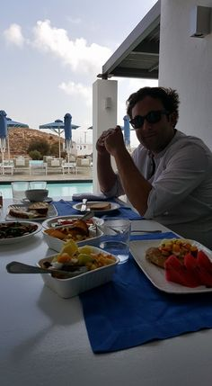 Our friend Clare Elliott, enjoys his every morning! Contemporary Design, In This Moment, Architecture, Luxury, Breakfast, Summer, Arquitetura, Morning Coffee, Summer Time