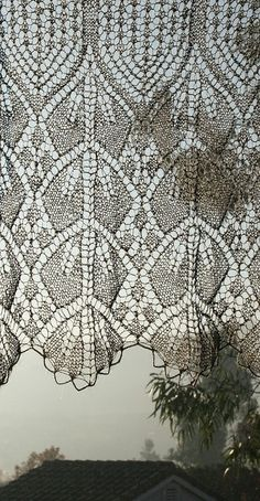 herminehesse:  Knitted lace curtain