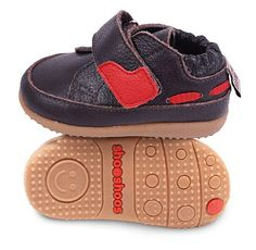 Small sneakers are easily as adorable as they are stylish. Slip little lovebugs into a shoe that will promote wobbly steps and help them look their best. Baby Shoes, Take That, Smileys, Stylish, Brown, Sneakers, Kids, Range, Fashion