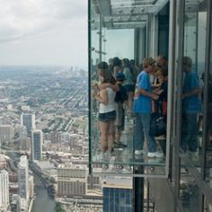 What to do in Chicago with TravelGuide.City, you find more than top ✅ ten attractions and cheap things to do in Chicago in our website Day Trips From Chicago, Chicago Vacation, Visit Chicago, Chicago Travel, Chicago Trip, Chicago Illinois, Cool Places To Visit, Places To Travel, Places To Go