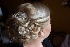 Esküvői frizura tippek Fashion, Moda, Fashion Styles, Fashion Illustrations