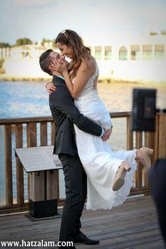 צילום חתונה Event Photography, Bar Mitzvah, Professional Photographer, Events, Couple Photos, Wedding Dresses, Fashion, Couple Shots, Bride Dresses