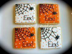 halloween cookies by lizybbakes, Halloween Cupcakes, Halloween Torte, Table Halloween, Halloween Cookies Decorated, Halloween Sugar Cookies, Halloween Baking, Halloween Desserts, Halloween Treats, Pet Rocks