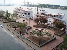 What is more romantic than a Riverboat cruise?! River Street is the perfect backdrop while cruising on the Savannah River.
