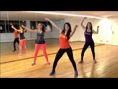 Have fun while you lose weight with oneHOWTO! Zumba Dance Workout with our best uDance instructor! Keep on doing this dance non stop to lose weight while dancing and having fun. Zumba is an enjoyable way to stay fit. Zumba Workout Videos, Workout Videos For Men, Barre Workout Video, Zumba Fitness, Body Fitness, Kayla Itsines Workout, Lower Belly Workout, Youtube Kanal, Weight Loss Challenge