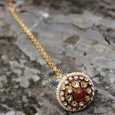 The KALIMA BORLA MAANG TIKKA   by Indiatrend. Shop Now at WWW.INDIATRENDSHOP.COM