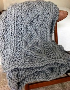 Chunky blanket in Big Mama yarn