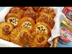 Branzoaice aromate si pufoase in 4 modele diferite - YouTube Pastry And Bakery, Beignets, Biscotti, Apple Pie, Waffles, Cake Recipes, Deserts, Food And Drink, Breakfast