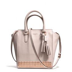Love this coach bag!